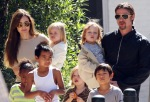 angelina-jolie-and-brad-pitt-family-in-new-orleans